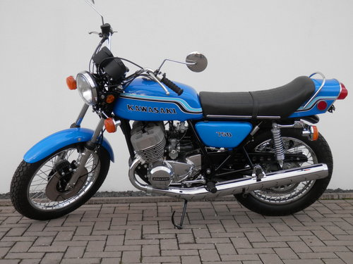 1972 Kawasaki 750 H2 Mach IV nut and bolt restored For Sale (picture 6 of 6)