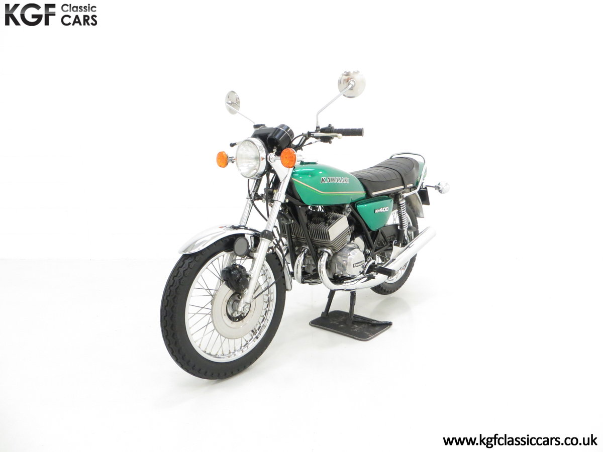 1978 An Unrepeatable Kawasaki KH400-A4 Triple with Only 348 Miles SOLD (picture 2 of 6)