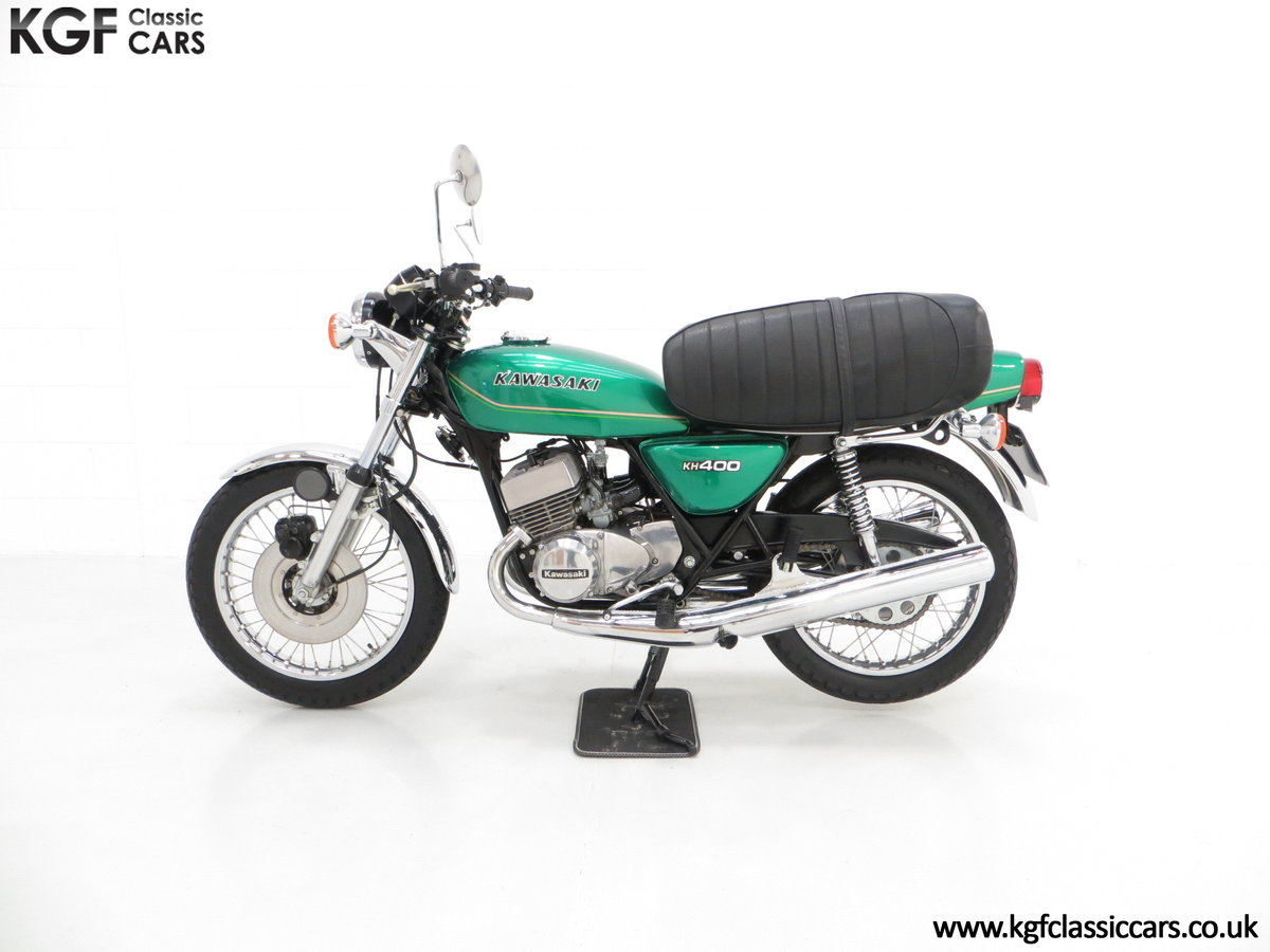 1978 An Unrepeatable Kawasaki KH400-A4 Triple with Only 348 Miles SOLD (picture 3 of 6)