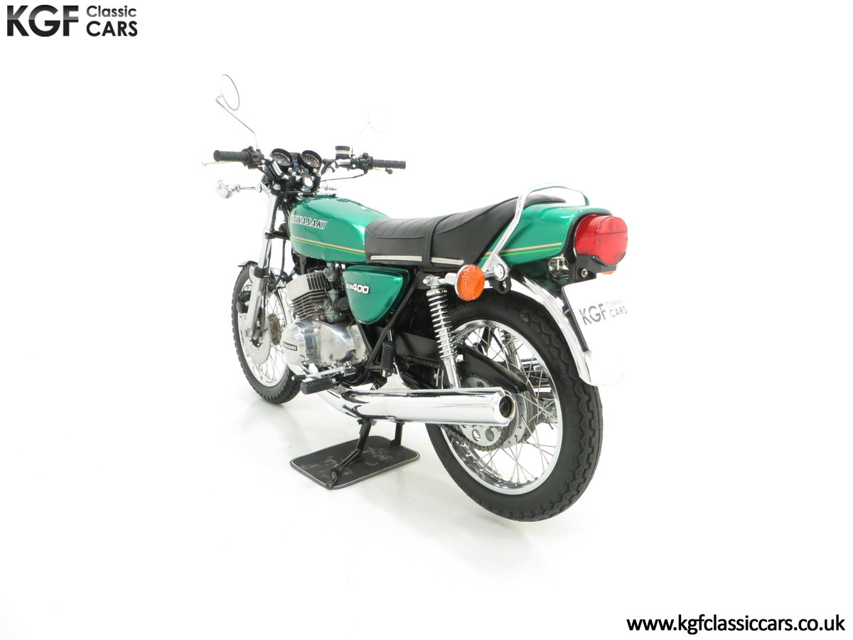 1978 An Unrepeatable Kawasaki KH400-A4 Triple with Only 348 Miles SOLD (picture 4 of 6)