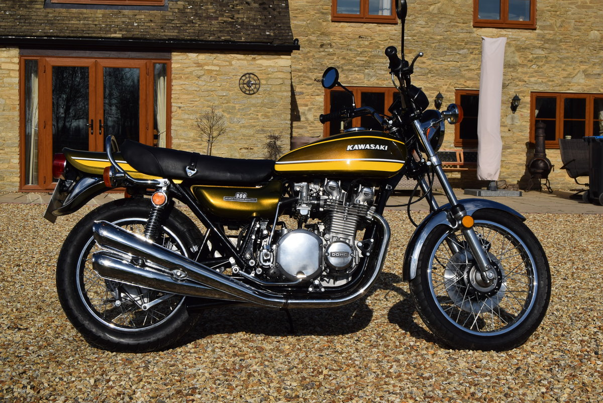 1973 Kawasaki Z1A 900 (1974) In Factory Green/Yellow For Sale (picture 1 of 6)