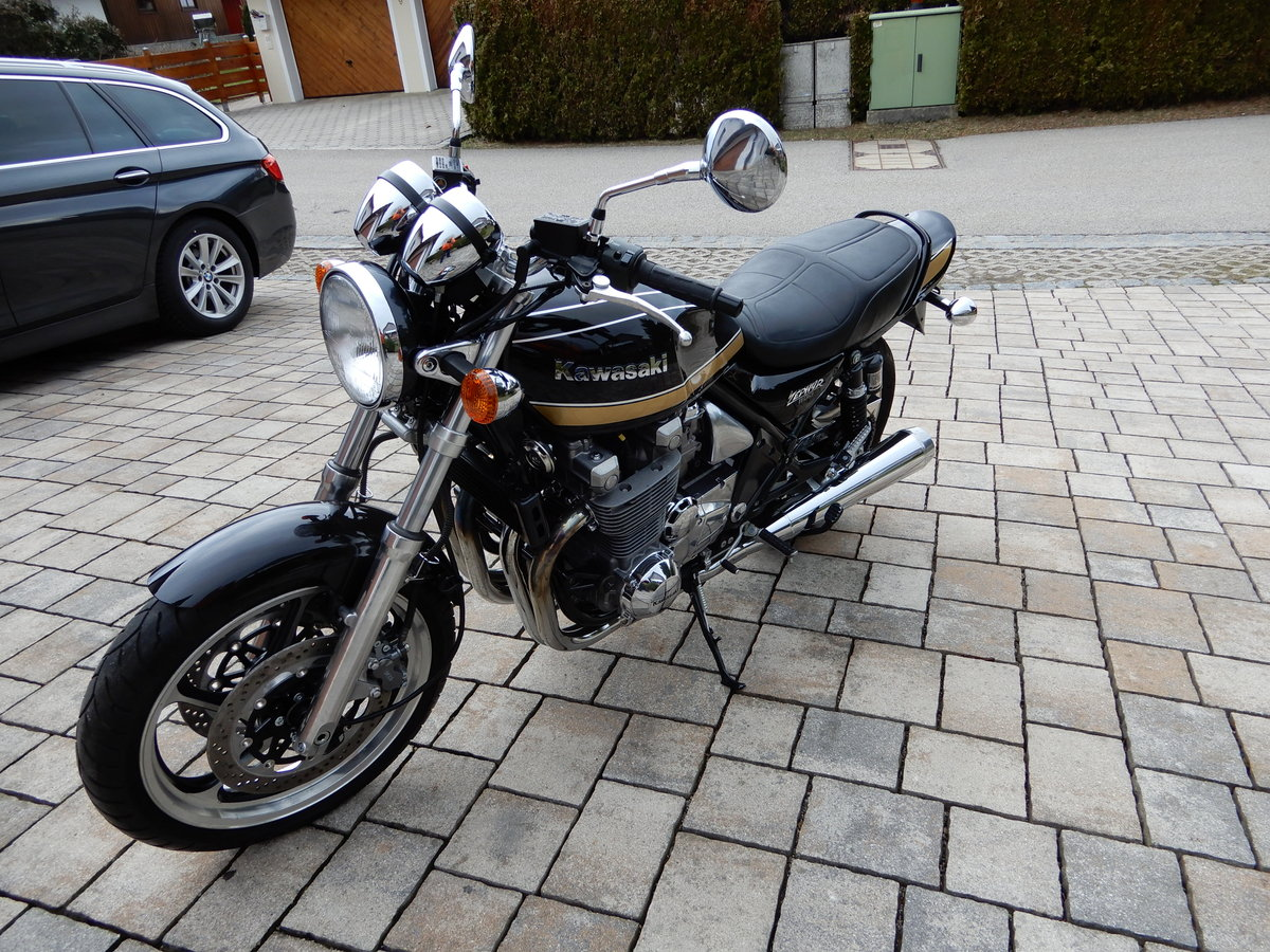 1993 Kawasaki Zephyr 1100 big aircooled muscle bike in top state For Sale (picture 3 of 6)