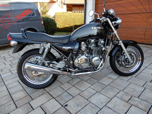Kawasaki Zephyr 750 Rare wirespoke model original Low miles SOLD