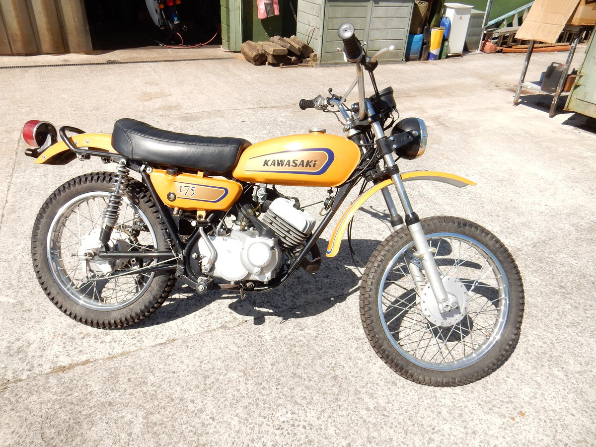 KAWASAKI F7 175cc 1971 ELECTRIC START MODEL LOVELY ORIGINAL  For Sale (picture 1 of 2)