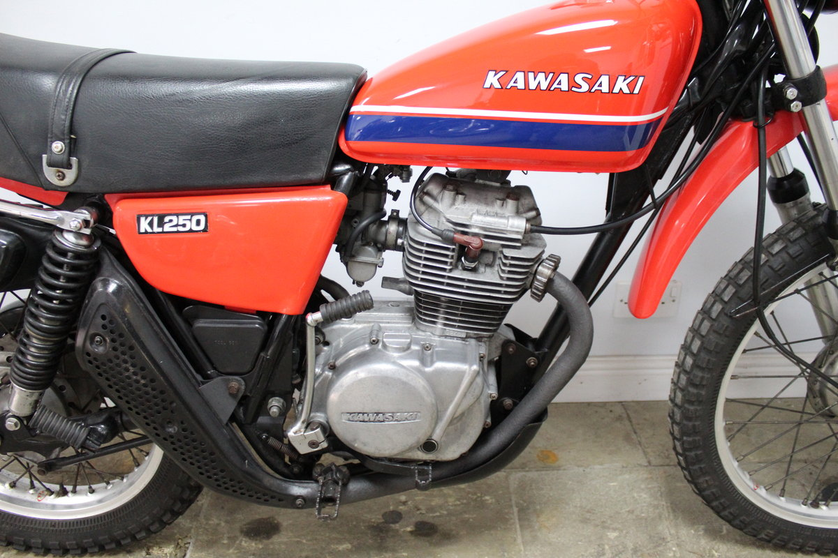 1979 Kawasaki KL 250 A UK example with 4 former keeper SOLD (picture 2 of 6)
