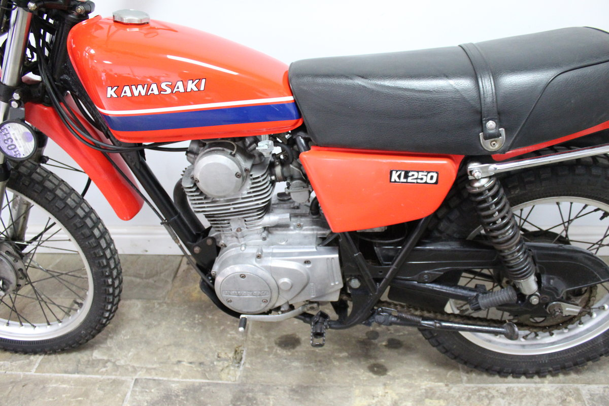 1979 Kawasaki KL 250 A UK example with 4 former keeper SOLD (picture 4 of 6)