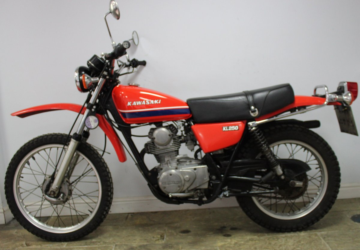 1979 Kawasaki KL 250 A UK example with 4 former keeper SOLD (picture 5 of 6)