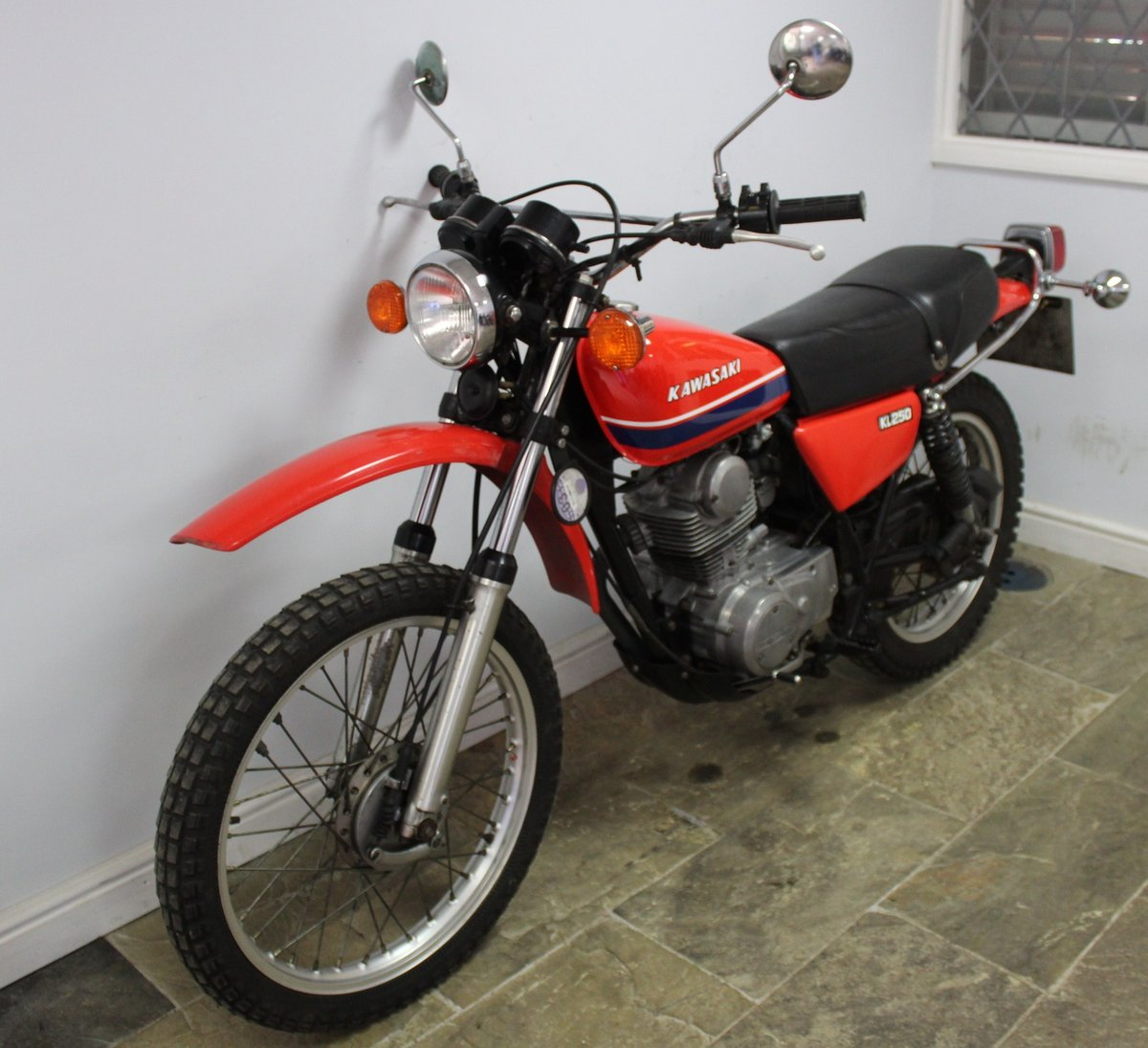 1979 Kawasaki KL 250 A UK example with 4 former keeper SOLD (picture 6 of 6)