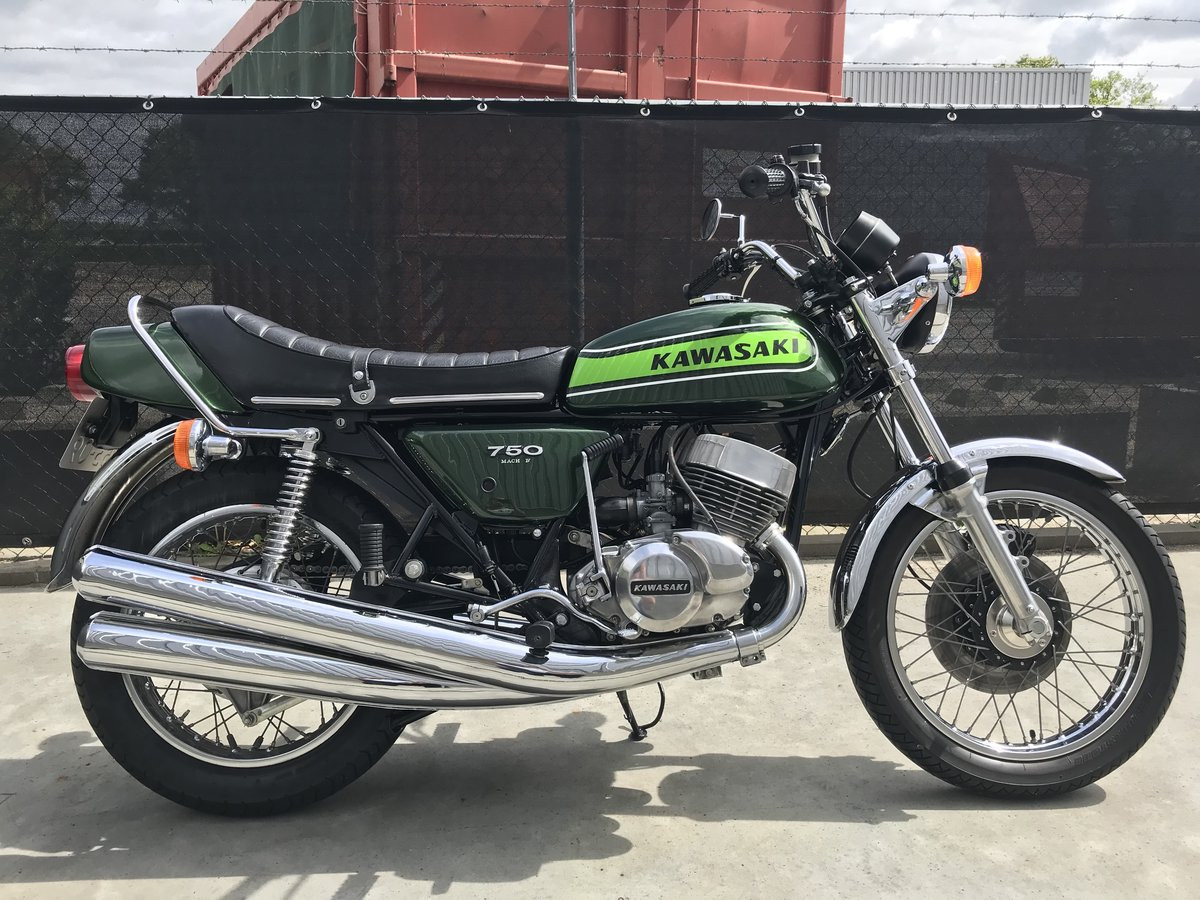 1975 Completely restored Kawasaki H2B 750 for sale For Sale (picture 2 of 6)