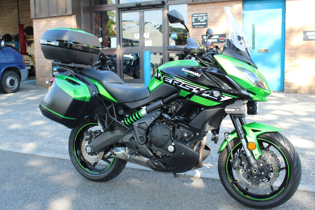 2018 18 Kawasaki Versys 650 ABS SE Grand Tourer For Sale (picture 2 of 6)
