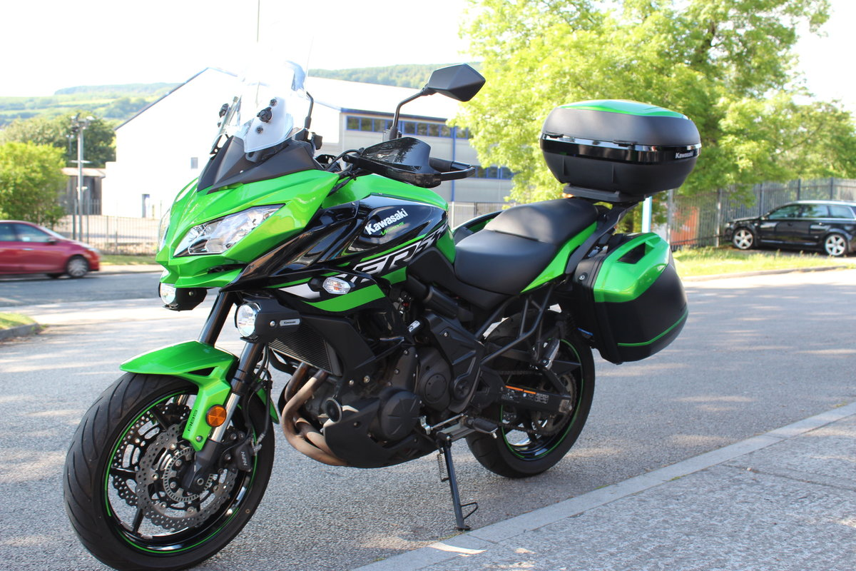 2018 18 Kawasaki Versys 650 ABS SE Grand Tourer For Sale (picture 3 of 6)