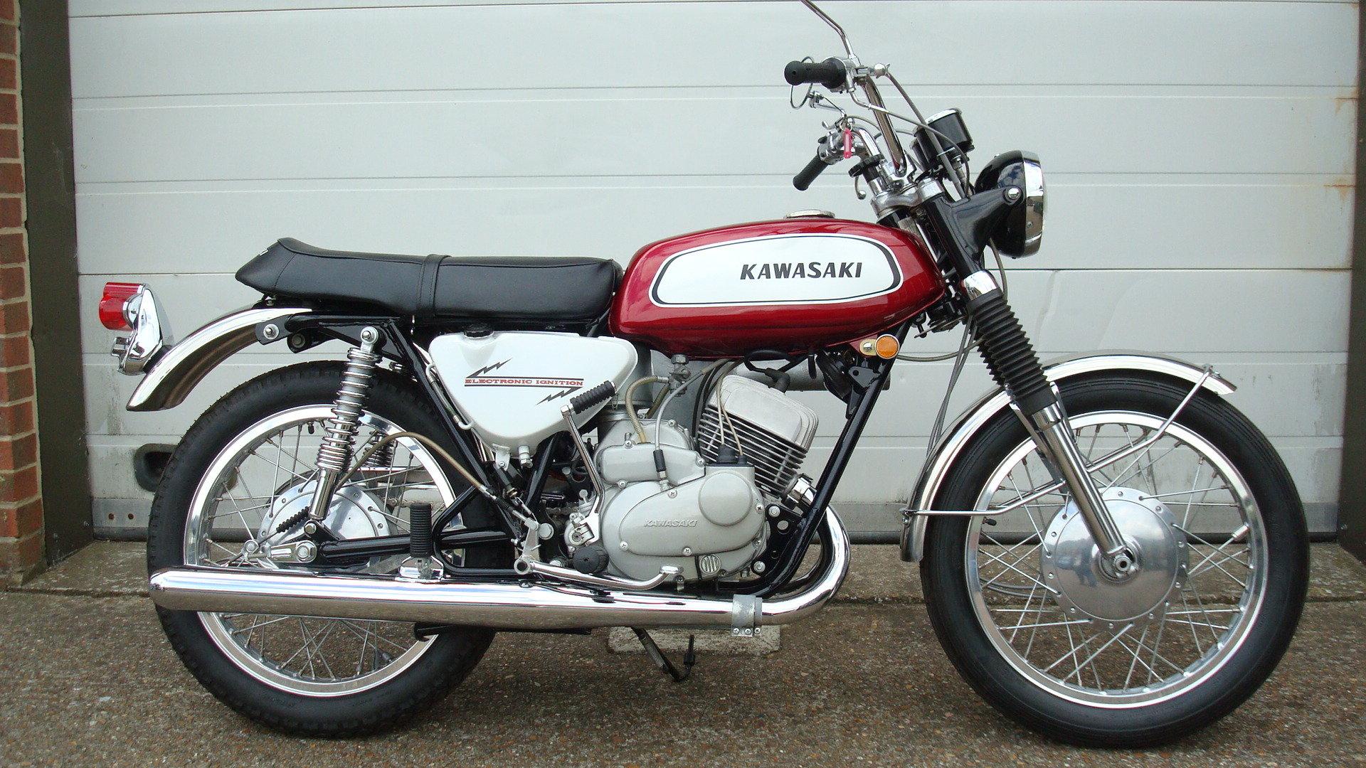 Kawasaki A1A Samurai 250 1970-J **SHOW STANDARD,RESTORED** For Sale (picture 1 of 6)
