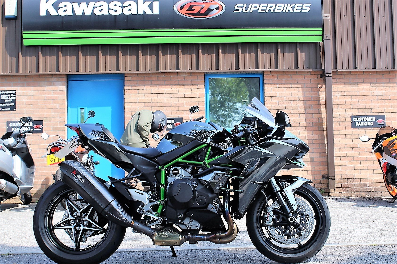 2015 15 Kawasaki NINJA H2 Supercharged Supersport For Sale (picture 1 of 6)