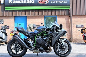 2015 15 Kawasaki NINJA H2 Supercharged Supersport