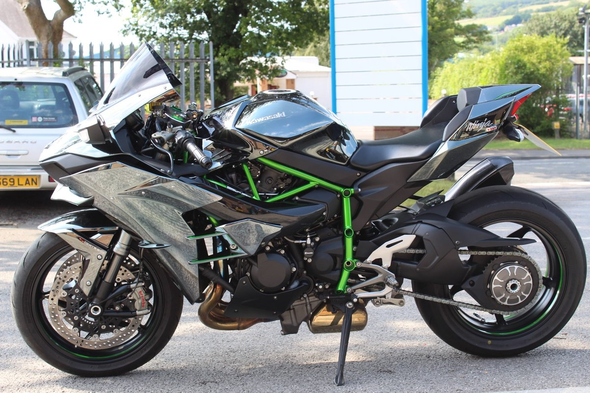 2015 15 Kawasaki NINJA H2 Supercharged Supersport For Sale (picture 4 of 6)