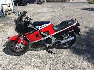 1986 KAWASAKI GPZ600R For Sale