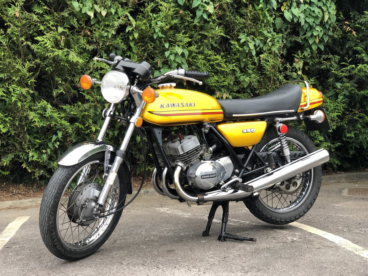 Kawasaki S1 250cc 1973 Gold !! SOLD (picture 1 of 6)