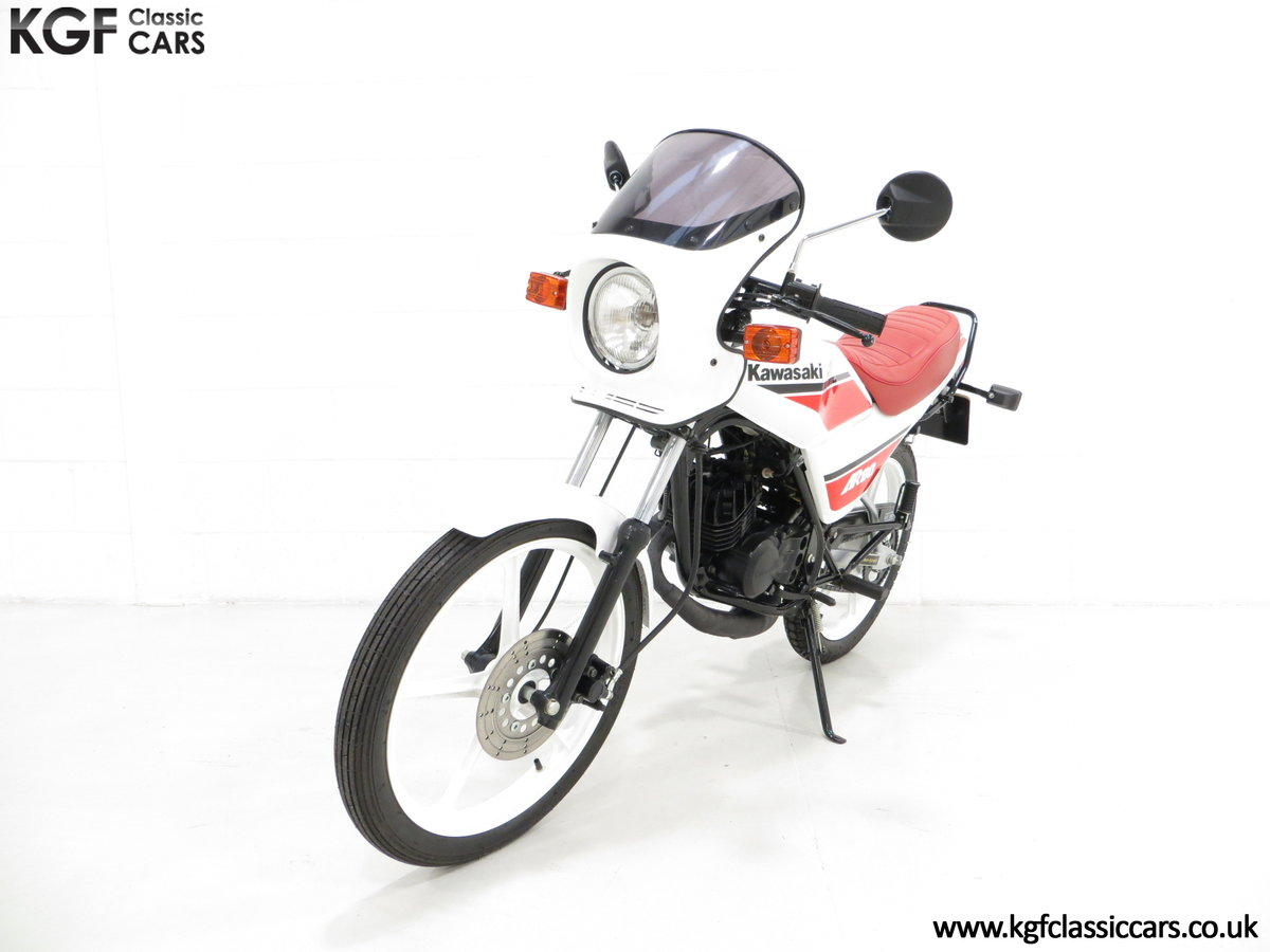 1987 An Absolutely Stunning Fully Restored UK Kawasaki AR80-C5 SOLD (picture 2 of 6)