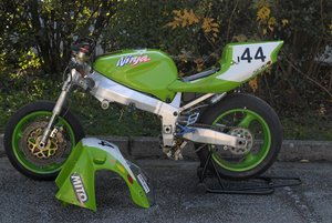1996 Kawasaki  ZX7RR rolling chassis