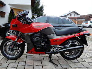 1986 Kawasaki GPZ900R Topbike - LOOK!