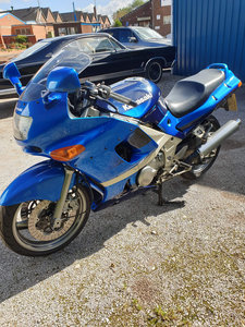 2001 Kawasaki ZZR600