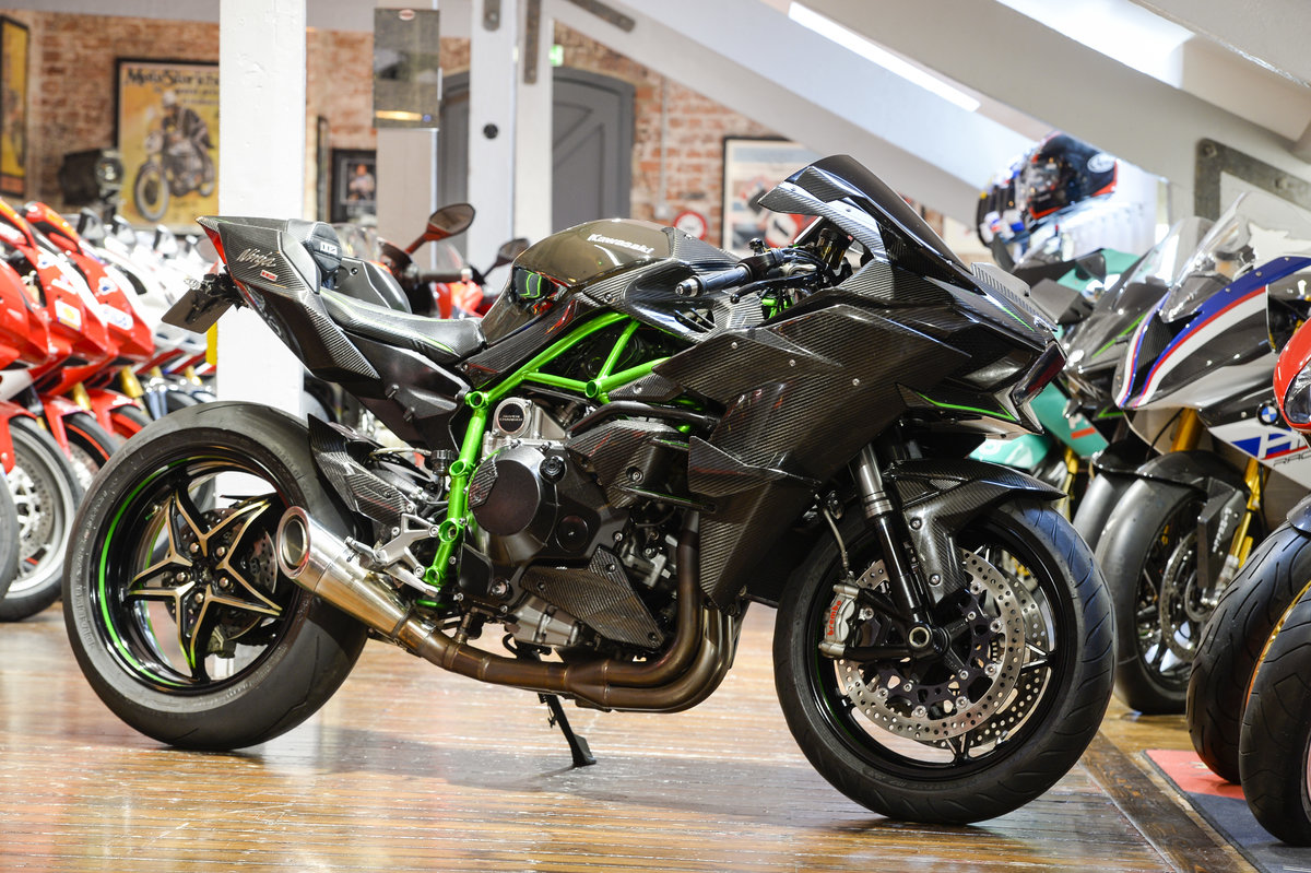 2015 Kawasaki H2 THE ULTIMATE ROAD LEGAL H2R Replica For Sale (picture 1 of 6)