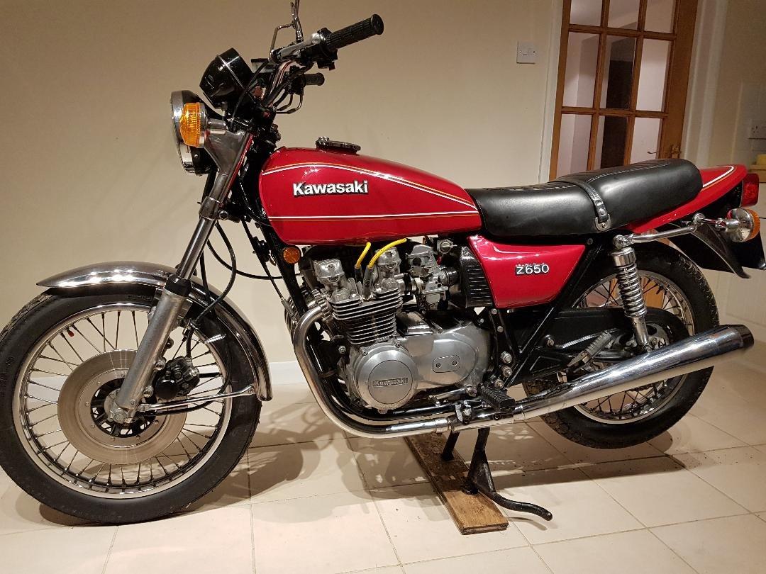 1978 Kawasaki kz650  metallic red private sale For Sale (picture 1 of 6)