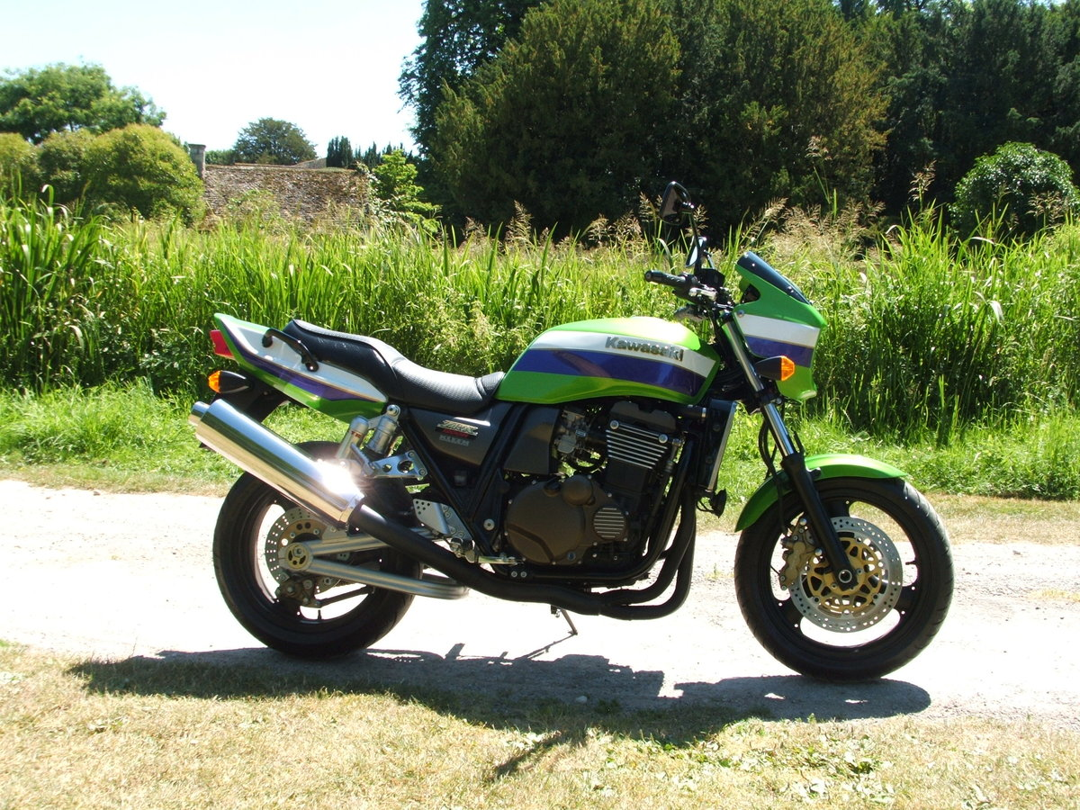 2001 Kawasaki zrx1200r **NOW SOLD THANKS** For Sale (picture 1 of 6)