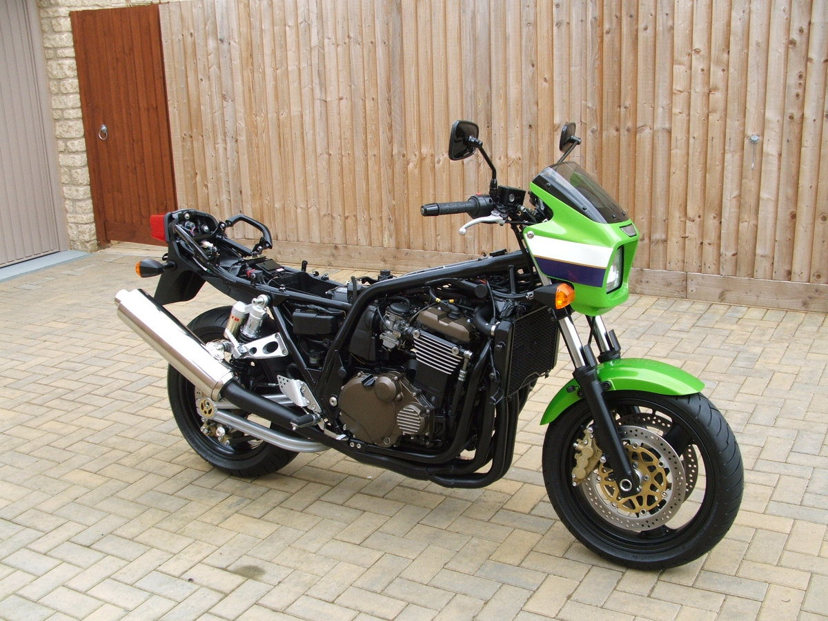 2001 Kawasaki zrx1200r **NOW SOLD THANKS** For Sale (picture 2 of 6)