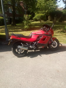 Kawasaki GPZ1000RX full mot.