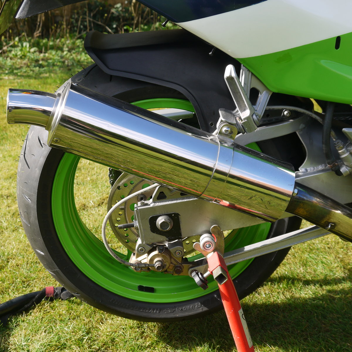1989 Kawasaki ZXR750H1  SOLD (picture 5 of 6)