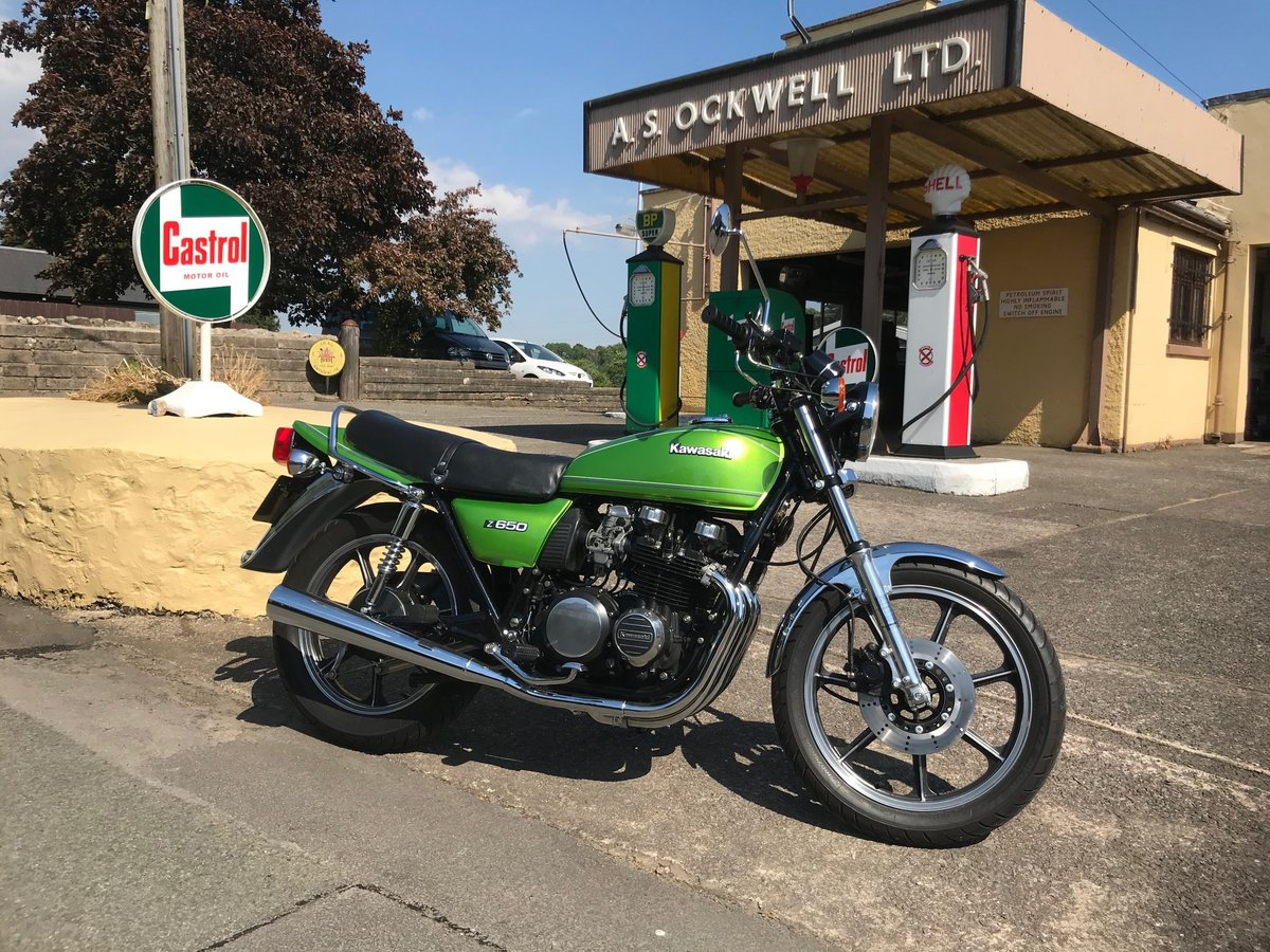 1982 Kawasaki Z650 F2 Full nut and bolt restoration SOLD (picture 1 of 6)