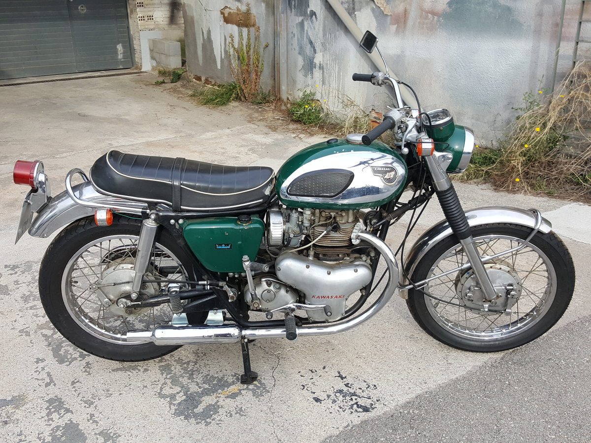 1968 Kawasaki W2SS - a rare surviver and runner For Sale (picture 1 of 6)