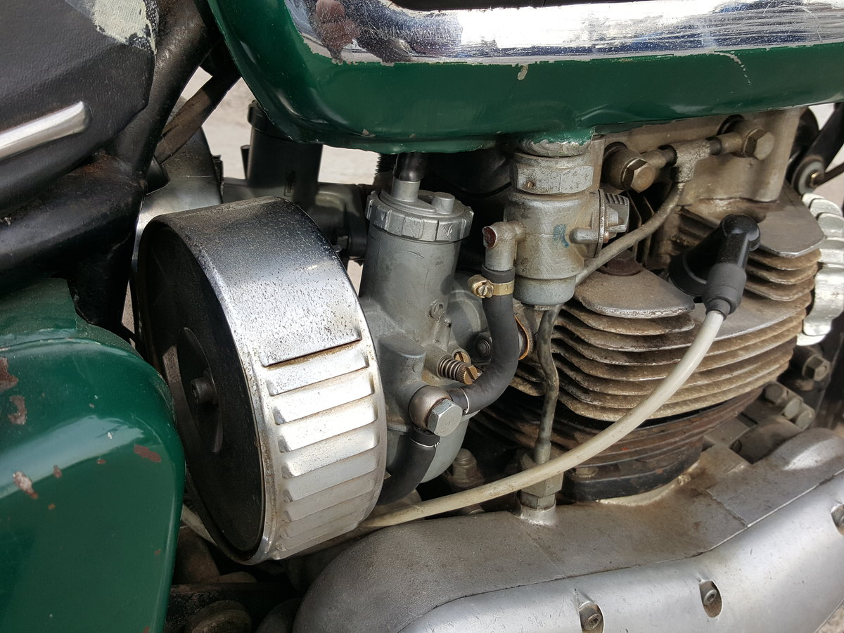 1968 Kawasaki W2SS - a rare surviver and runner For Sale (picture 3 of 6)