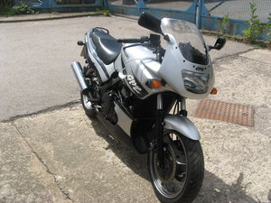 Kawasaki GPz500S Only 9730 miles