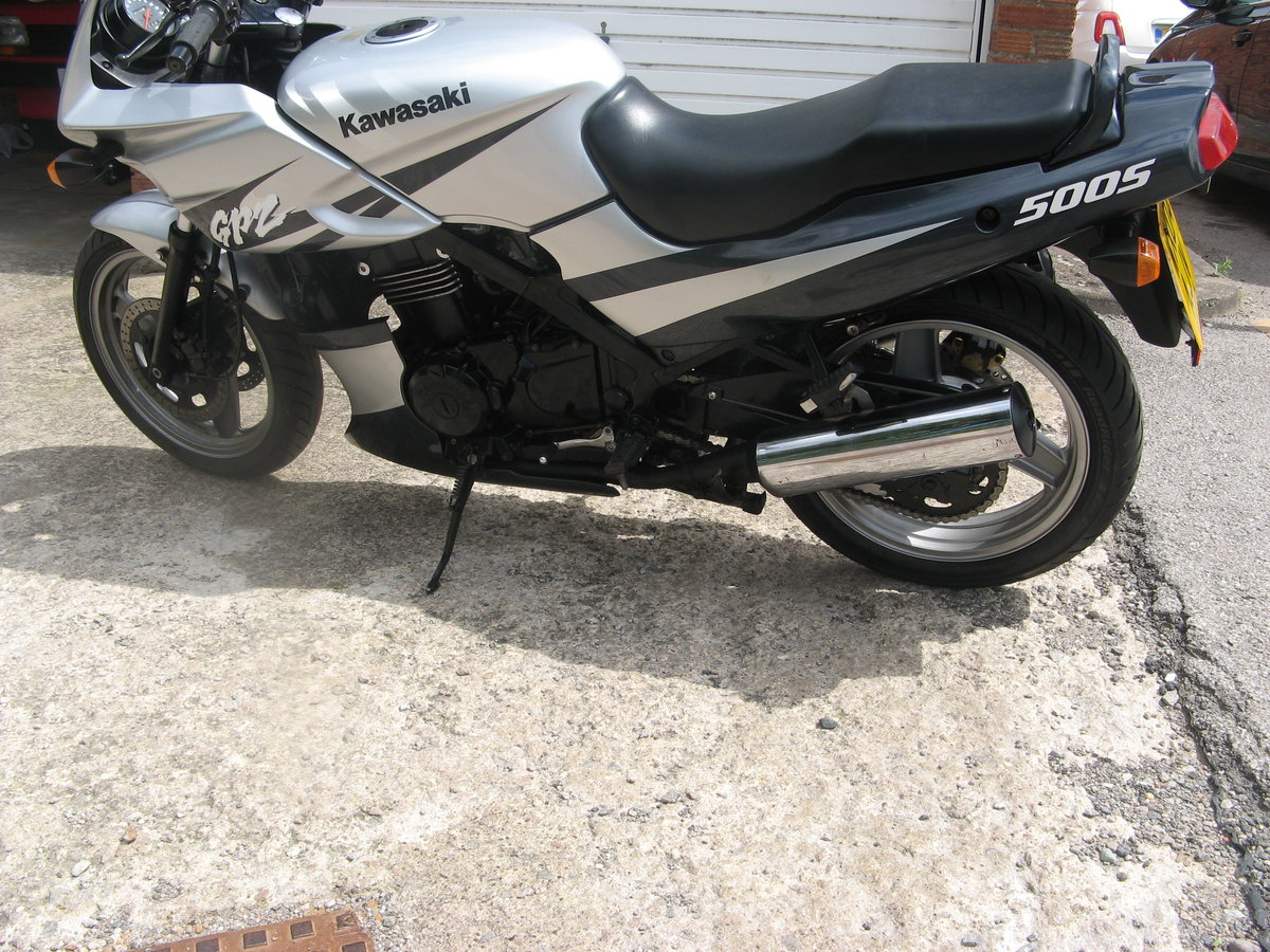 2004 Kawasaki GPz500S Only 9730 miles SOLD (picture 5 of 6)