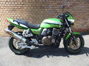 Kawasaki ZRX 1200 R - NOW SOLD !!