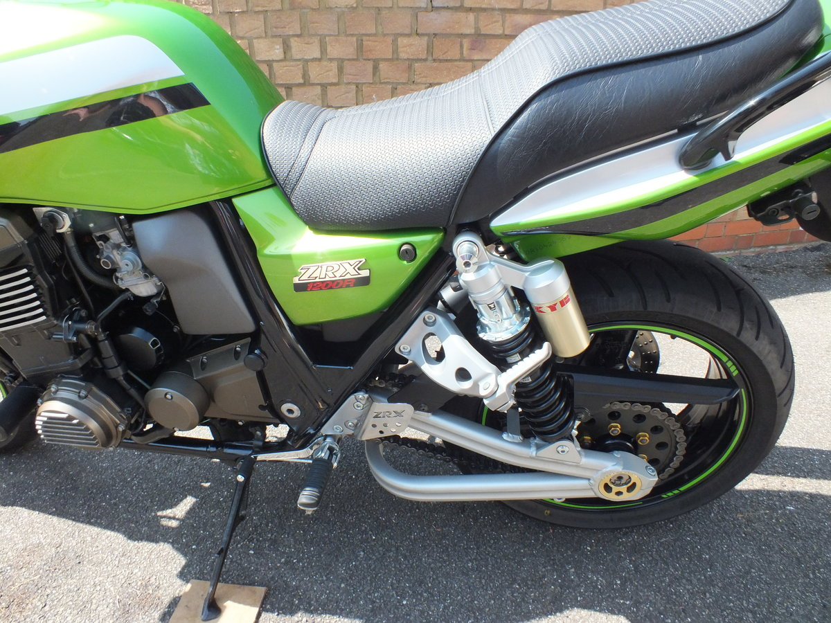 2003 Kawasaki ZRX 1200 R - NOW SOLD !! SOLD (picture 6 of 6)