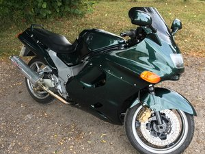 Kawasaki ZZR 1100 low mileage good condition