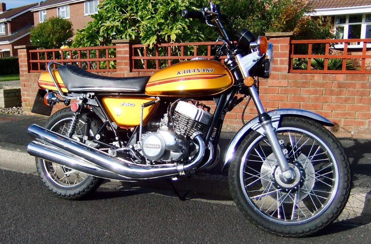 Kawasaki H2B 750 triple 1974 SOLD (picture 1 of 6)