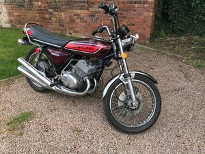 Picture of 1974 Kawasaki KH400 S-3 400 Classic motorcycle