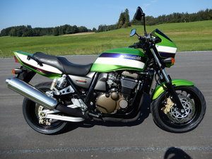 Kawasaki ZRX1200R stunning original bike in top state