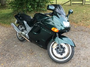 Kawasaki ZZR1100 good condition
