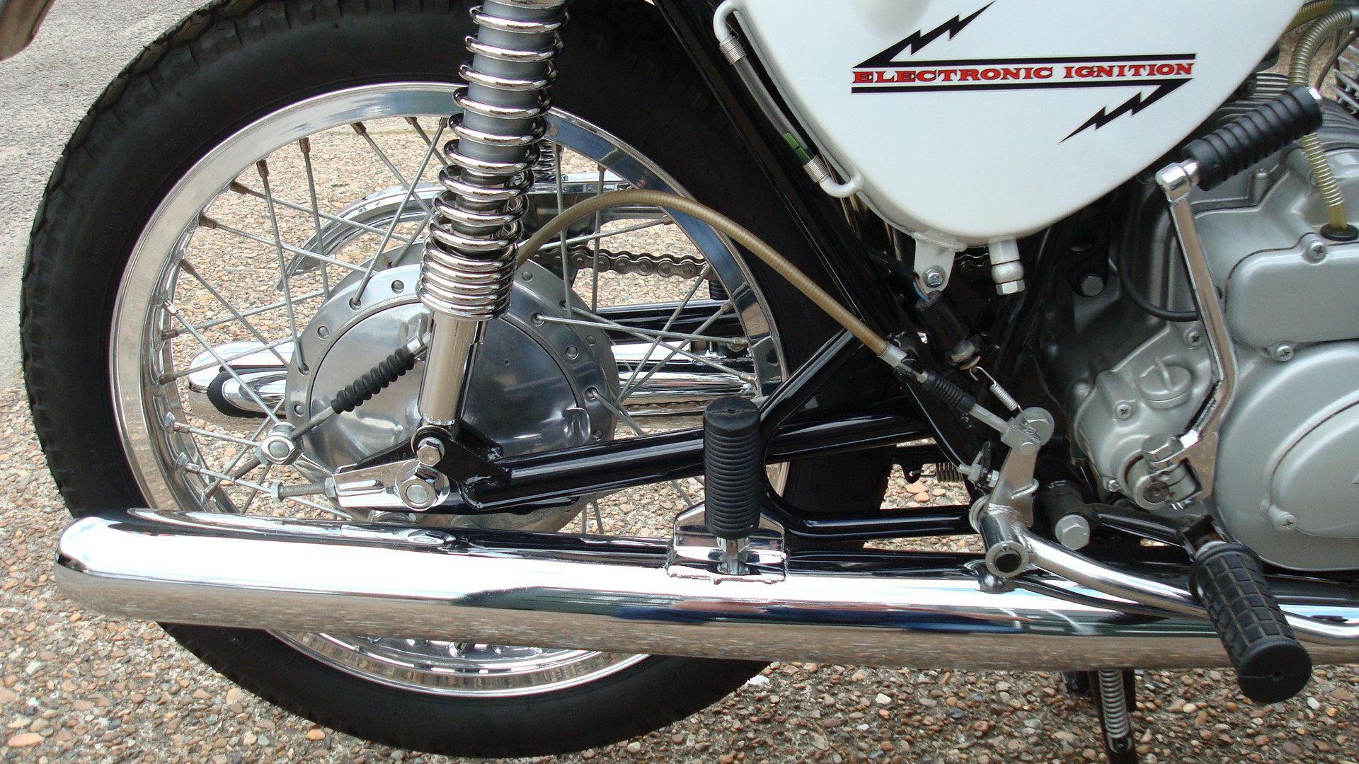 Kawasaki A1A Samurai 250 1970-J **SHOW STANDARD,RESTORED** For Sale (picture 5 of 10)