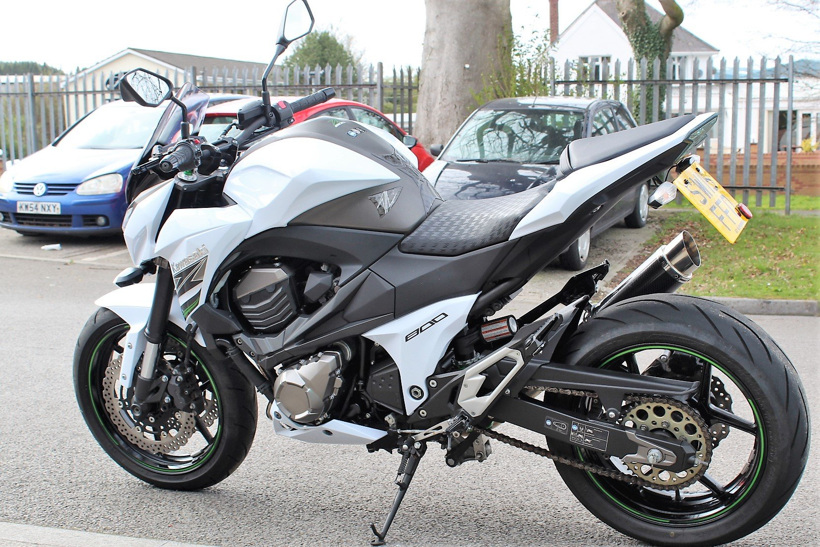 2015 15 Kawasaki Z800 **White** Just 5,800 Miles** For Sale (picture 5 of 12)