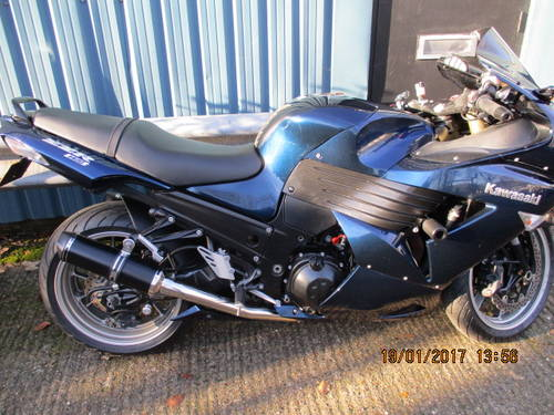 2007 Kawasaki ZZR 1400 Metallic blue For Sale (picture 1 of 6)