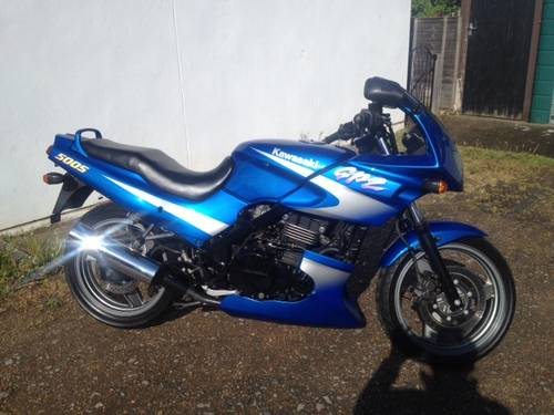 2000 gpz500 only 3200 miles For Sale (picture 1 of 6)