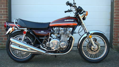Kawasaki Z1-A 1974-M **FULL RESTORATION** (41 miles) For Sale (picture 1 of 6)