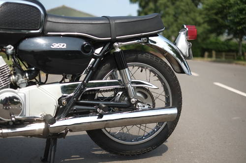Yamaha YR1 R 1 R1 Y R 1 1967 STUNNING Restoration, best in c For Sale (picture 4 of 6)