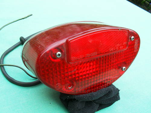 1972 Origional Kawasaki rear light from H1B 500 For Sale (picture 5 of 6)
